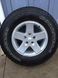 5 Jeep Tires and Rims P255/75 17 London Ontario image 4