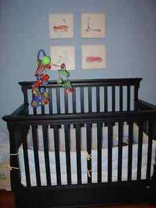 Crib convertible into a double bed - Canadian Made by Ragazzi