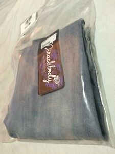 LOOK!! NEW w/tags MIRACLEBODY 'slimming' Jeans-Size 4