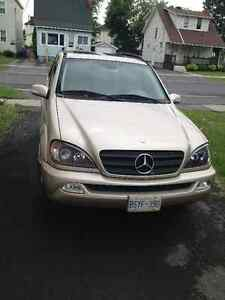 2004 Mercedes-Benz M-Class ML350 SUV, Crossover