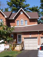 Gorgeous and Very Clean 3 Bedroom Townhome - Southwest Barrie