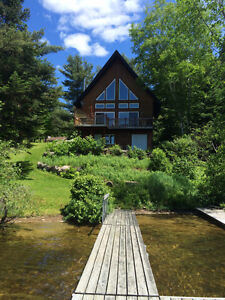 Beautiful Cottage by the Lake Le P'tit Prince! Autumn Special!