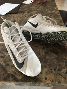 FOOT BALL CLEATS