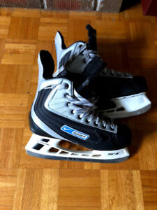 NIKE/BAUER SKATES. SIZE 9. GREAT CONDITION. BARELY USED.