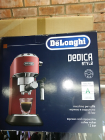 DeLonghi coffee machine.