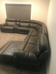 Finesse 8 piece power recline sectional couch- Almost new!