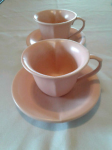 SET OF 2 PINK HEART TEACUPS & SAUCERS   PRICE IS FOR BOTH