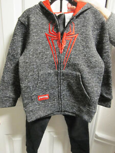 Spiderman,,hoodie & trackpants, size 5/6,  BNWT