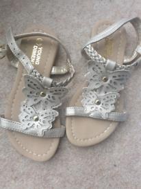 Brand new girls sandals size 10
