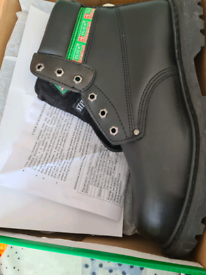 Men's Click Footwear work boots