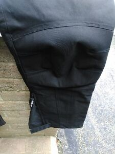MOTORCYCLE RIDING PANTS WATER PROOF SIZE XXL Windsor Region Ontario image 3