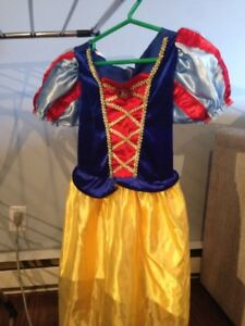 Robe de princesse (Blanche Neige)