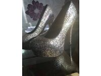 2 pairs of size 5 heeled shoes - Bargain price!