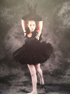 Black Swan Ballet dance costume West Island Greater Montréal image 3