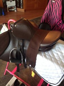 "16"" English Saddle Package Kawartha Lakes Peterborough Area image 2"