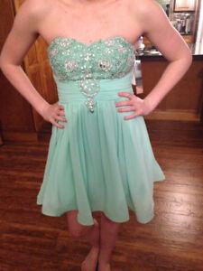 Grad dress size 9