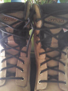 Men's work boots in good shape for sale