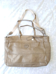 Authentic COACH large purse/shoulder bag