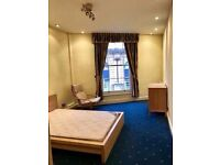 Double room to let in a contemporary flat near University of Bristol in Clifton
