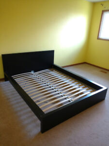 Queen size bed frame New style _Hwy401/Hurontario st. Mississaug