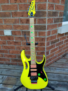 1987 Ibanez JEM777 Dessert Yellow, Signed by Steve Vai