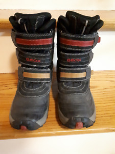 Winter Boots - Boys size 3.5 - Geox