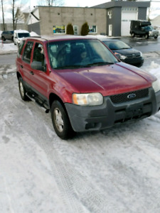 Ford Escape 2004 *NÉGOCIABLE*