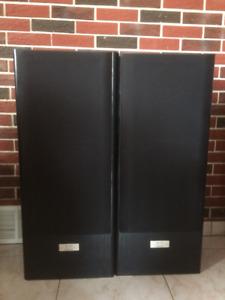 2 KENDWOOD JL-717 Speakers