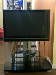"LG LCD 42"" TV 1080P Mint Condition"