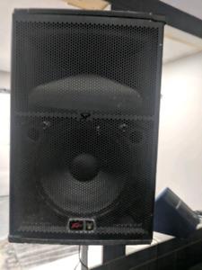 1000 Watt Peavey PA loudspeaker