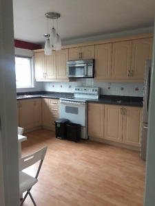 Three Bedrooms Bungalow with one free parking