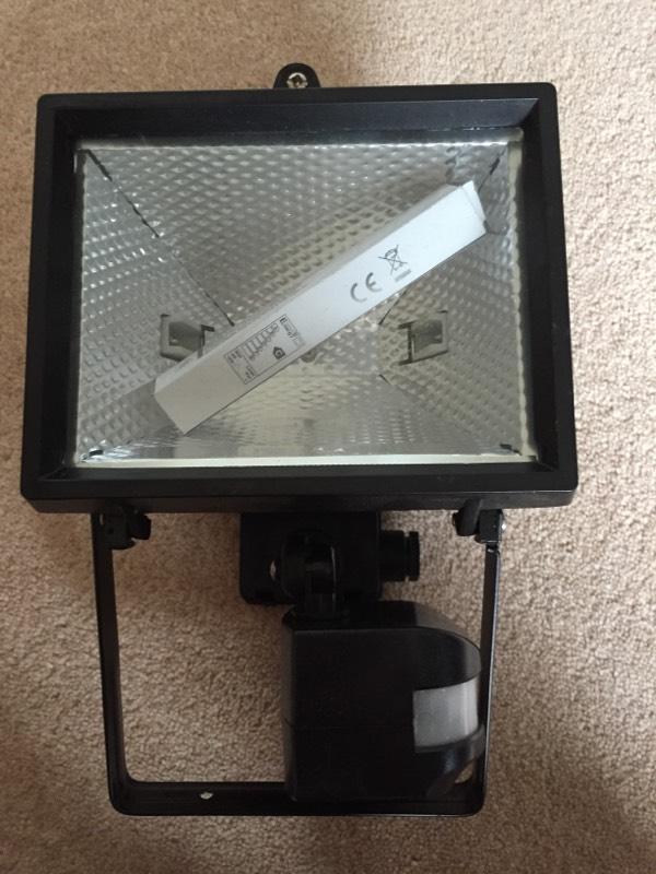 Ceiling Lights Gumtree Belfast : W black halogen lamp in darton south yorkshire gumtree