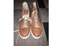 Men's casual trainer shoes