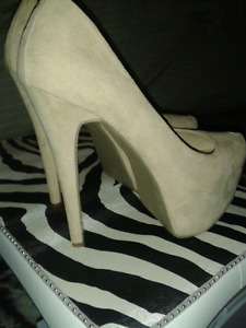 Suede High Heel Pumps For Sale
