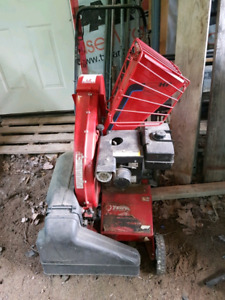 5hp  chipper and leaf vac