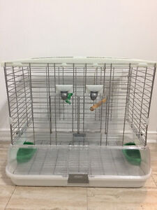 Brand New condition Vision Bird Cage with accessories