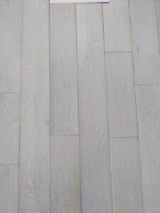 Hardwood flooring for sale! 160 sq ft. 7 boxes of oak!