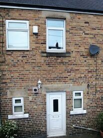 2 bedroom house in John Street, Stanley, DH9