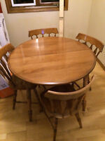 Dining Room Table and Chairs Solid Maple