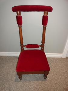 Vintage kneeling  prayer chair