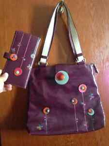 Espe  large purse and matching wallet