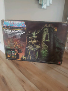 SOLD!!  MASTERS OF THE UNIVERSE CASTLE GRAYSKULL HE-MAN  100%