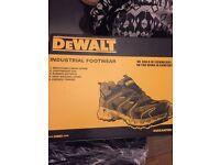 New dewalt boots safety trainer/shoes size 10