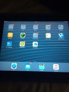 iPad 2 16 go en bonne état.