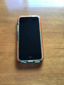 Iphone 5c Green in Mint Condition with Clear Case