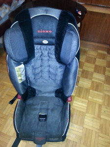 Diano Redian Xt booster car seat