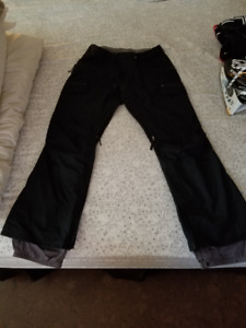 Woman's XL Burton dry ride snowboard pants