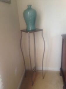 Decorative stand and vase