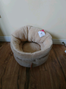 Cat / small dog bed
