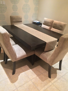 Rustic Oak Wood Table with 6 chairs